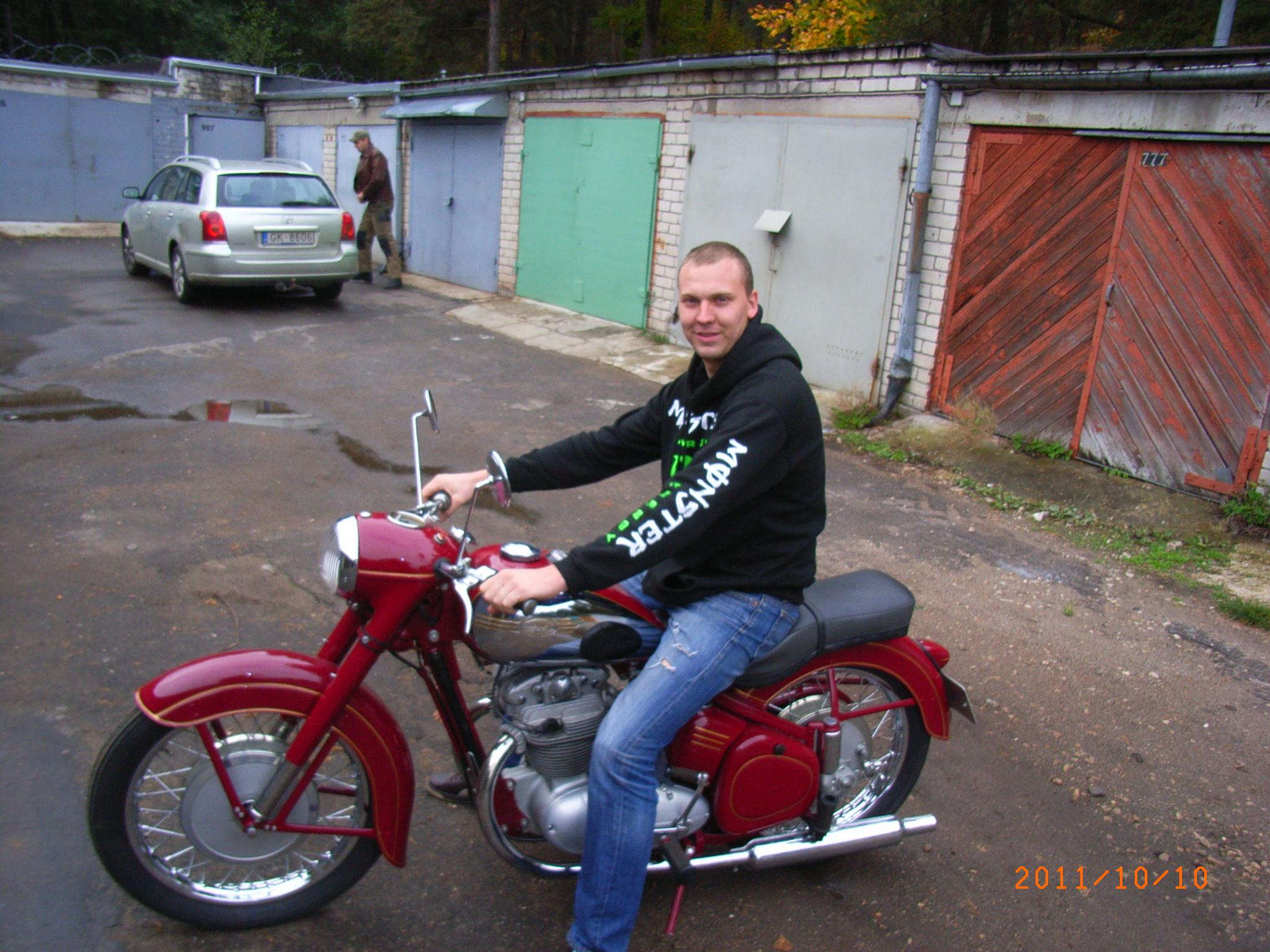 www.bildites.lv/images/9r102a9zba5bbyyw30d7.jpg